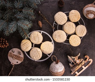 Traditional american Christmas cookies biscuits Melting Moments. Christmas New Year ornament decorations.