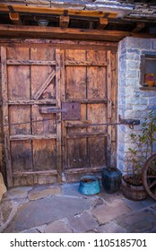 Traditional architecture of Oia village in Santorini island