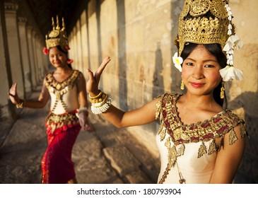 Traditional Aspara Dancers, Siem Reap, Cambodia