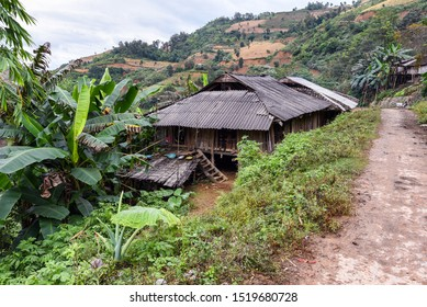 Traditional Black Lo Lo village, close to Cao Bang, a province of the Northeast region of Vietnam. The black Lo lo people are an ethnic minority group in Vietnam.