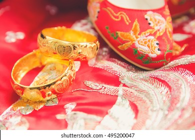 Traditional Chinese Gold Bangles for Wedding
