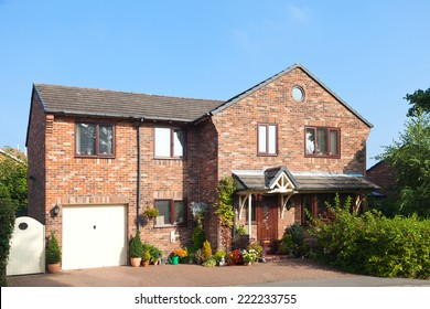 Traditional cottage house with garage