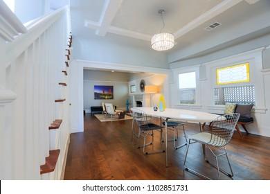 Traditional Craftsman home interior