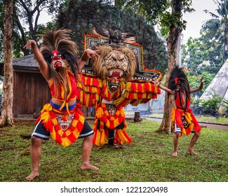 Traditional Dance from Ponorogo, Indonesia which is called REOG