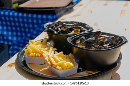 Traditional dish on Lille Braderie, mussels and fries (moules frites).