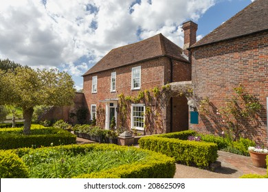 Traditional English house and the garden