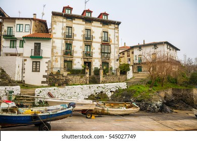 traditional fishing village of mundaka at biscay, spain