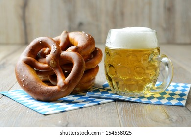 "traditional food and drink for german ""oktoberfest"""