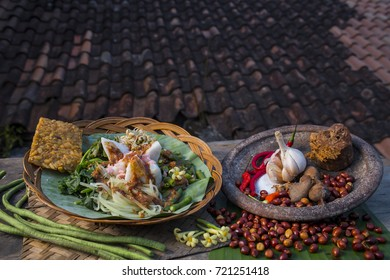 traditional food of indonesia, pecel
