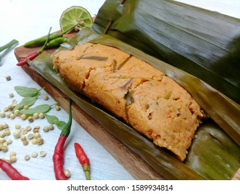 Traditional food, made from Tempe seasoned with spices and cooked in a steamed way