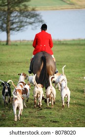 TRADITIONAL FOX HUNTING NOW BANNED
