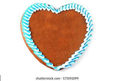traditional gingerbread heart with copy space. oktoberfest. isolated
