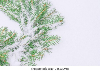 Traditional green christmas wreath.  Christmas background with wreath. Snowy frosted natural Christmas wreath