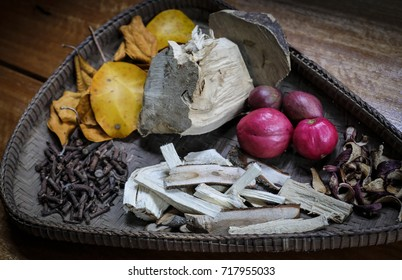 Traditional herbal medicine herbs are popular in malaysia in the tray