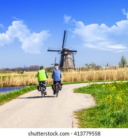 traditional Holland countryside. Windmills of Kinderdijk