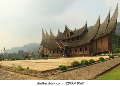 Traditional house building, Minang Kabau tribe, Indonesia