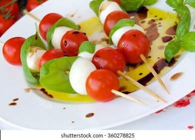 Traditional Italian salad- caprese salad skewer