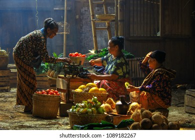 Traditional Market in the Southern part of Jakarta. Date taken 14 October 2012.
