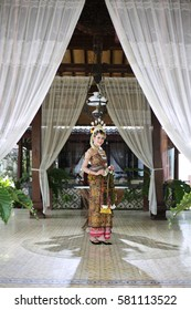 traditional royal wedding female dress from java