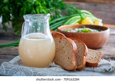 Traditional Russian drink - white wheat bread kvass, horizontal
