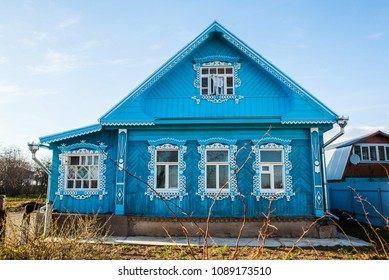 Traditional russian house in Suzdal, Russia.