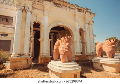 Traditional sculptures of bulls at front of museum Indira Gandhi Rashtriya Manav Sangrahalaya, Mysore in India