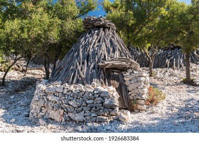 """Traditional sheepfold in the mountain region of Supramonte of Baunei (Sardinia, Italy), called """"su cuile"""" in the local language"""