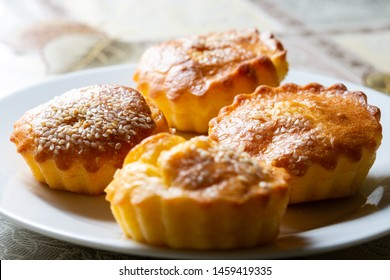 Traditional small pies with cheese and ham.