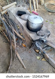 Traditional Stove From Indonesia With Wood And Fire - Image