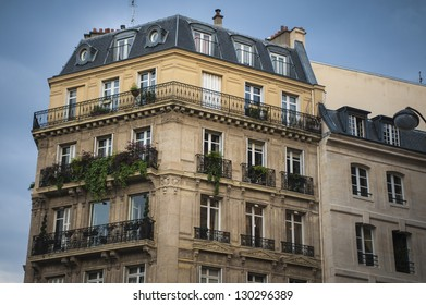 Traditional style apartment buildings in Paris