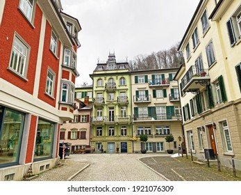 Traditional Swiss houses and old residential architecture in Weesen settlement on the shores of Lake Walen or Lake Walenstadt (Walensee) - Canton of St. Gallen, Switzerland (Kanton St. Gallen, Schweiz