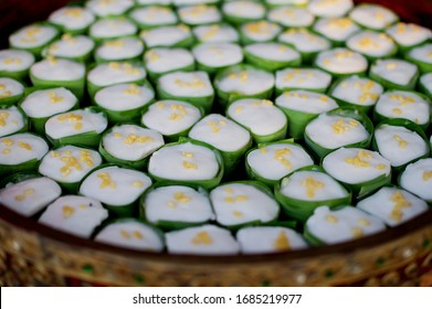 Traditional Thai coconut pudding in cups of Pandanus leaves