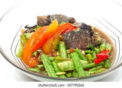 Traditional Thai Food Spicy Yard Long Beans  Salad On A Transparent Bowl