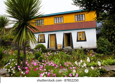Traditional Tibetan House with Beautiful Garden (Maneybhanjan), India