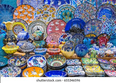Traditional Turkish ceramics at the market in Istanbul