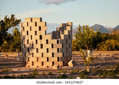 Traditional Valencian garden fireplace to burn pruning remains