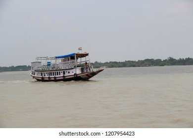 Traditional wooden boat in the Sundarbans national park, famous for tigers