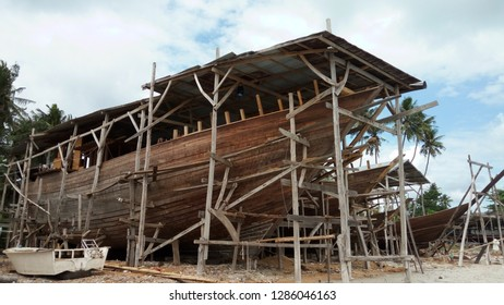 Traditional wooden ship (Phinisi) making in South Sulawesi