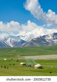 Traditional yurt in the Alaj valley with the Transalai mountains in the background. The Pamir Mountains. Central Asia, Kyrgyzstan