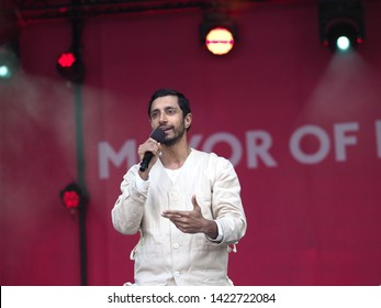 Trafalgar Square, London – 08th June 2019 –Mr Rizwan Ahmed, Riz MC, Reciting Spoken Poetry On Stage At The Eid In The Square Celebration