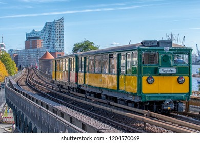 traffic historical day in Hamburg Germany - Translation: Flughafen = Airport