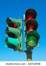 Traffic light or semaphore with green yellow red lights