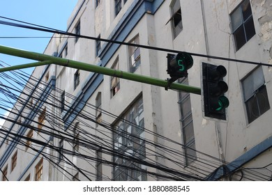 Traffic lighting in Lapaz, Bolivia