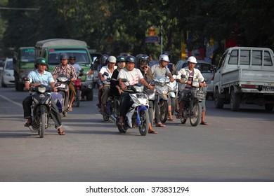 Traffic in Myanmar, 2015 December 12