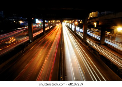 The traffic in night