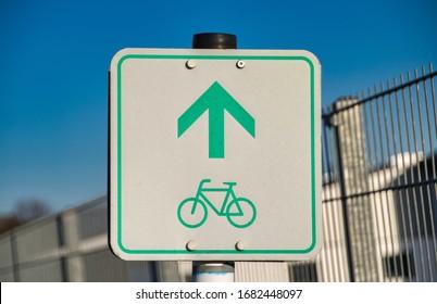 Fahrradweg Verkehrsschild in Deutschland