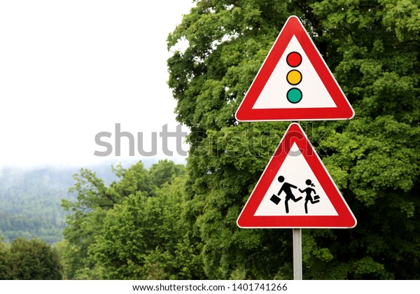Traffic sign, children on the way to school