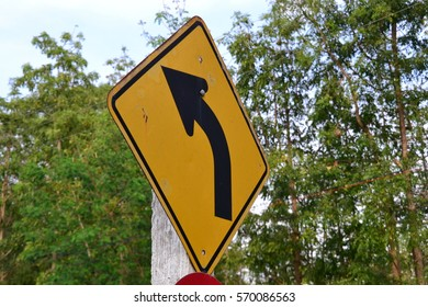 Traffic sign  curve.