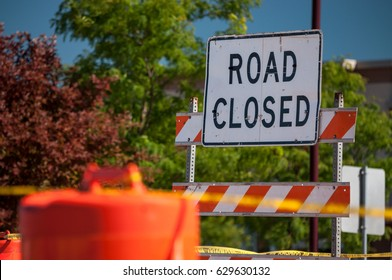 traffic sign, Road Closed sign