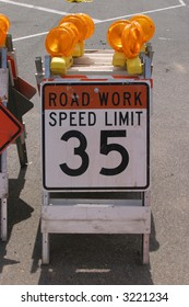 """traffic sign"" series ""road work, speed limit 35"""